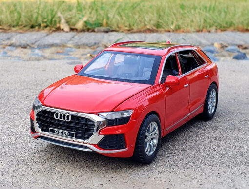 1 32 Scale Alloy Diecast Luxury SUV Car Model For Audi Q8 Collection Model Pull Back 1