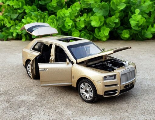 1 32 Scale Diecast Model For TheRolls Royce Cullinan Luxury Super SUV Metal Alloy Off Road 5