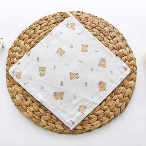100 4 floor Cotton Gauze Newborn Baby Face Hand Bathing Towel Bibs 25 25cm Feeding Square 3