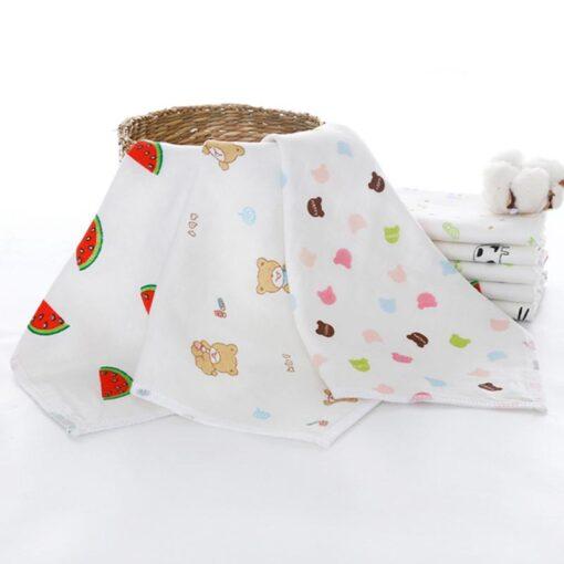 100 4 floor Cotton Gauze Newborn Baby Face Hand Bathing Towel Bibs 25 25cm Feeding Square 5