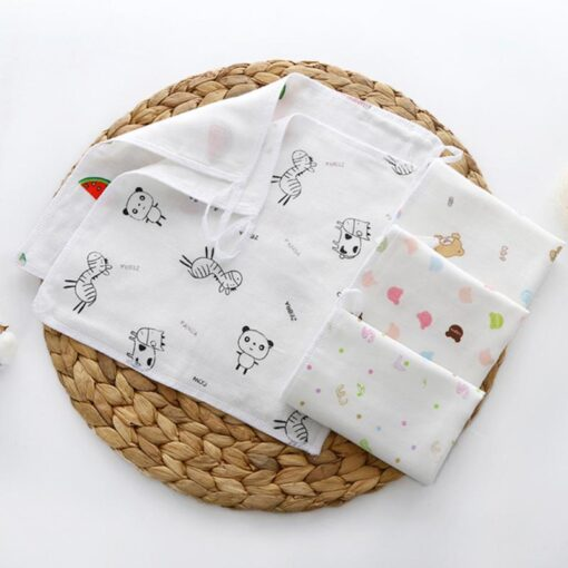 100 4 floor Cotton Gauze Newborn Baby Face Hand Bathing Towel Bibs 25 25cm Feeding Square