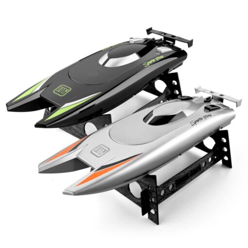 2 4g High speed Remote Control Boat Upgraded Version Cooling Capsize Reset Speed Boat Water Game 3