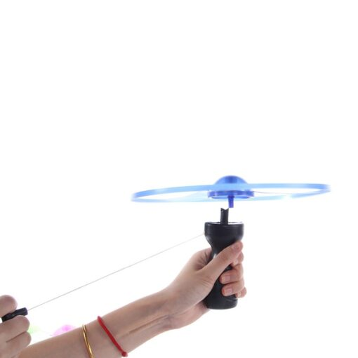 2020 hot sale 1pc Fun outdoor sports pull line saucer toys LED lighting UFO parent child