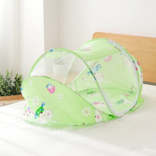 Baby Nest Bed Portable Crib Breathable Folding Newborns Care Bedding Set with Mosquito Net Basket Pillow 4