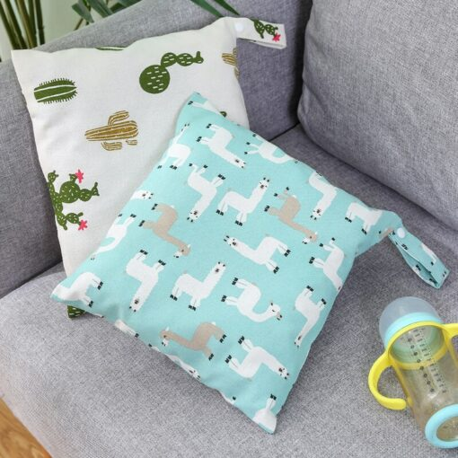 Baby Reusable Waterproof Wet Bag For Maternity Diaper Newborn Infant Baby Cart Storage Hanging Stroller Bag 3