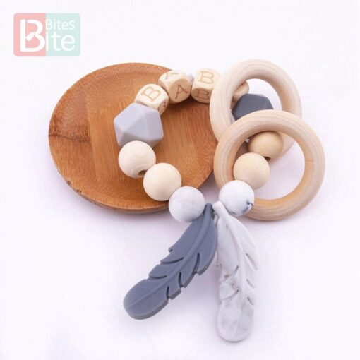 Bite Bites 1PC Food Grade Silicone Feather Teether Chewing Custom Bracelets Baby Care Products Wooden Teething