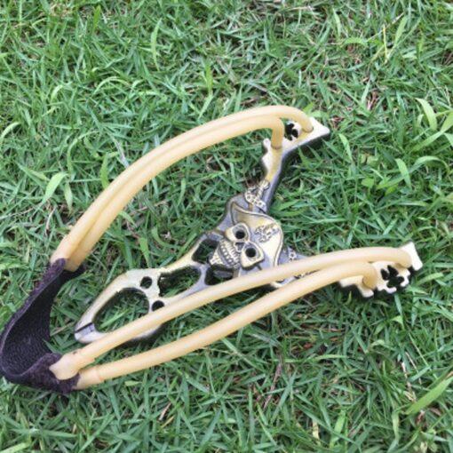 Caribbean Pirates Skull Slingshot High Velocity Outdoor Hunting Alloy Slingshots 4