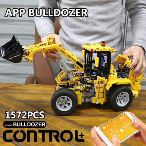 DHL 20006 APP Technic Car The L350F Wheel Loader Model Compatible with 42030 Loader Building Blocks 3