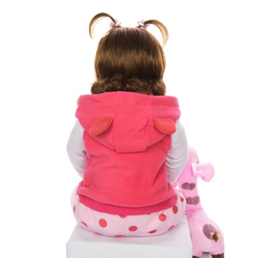 KEIUMI Hot Sale Reborn Baby Doll Toy Cloth Body Stuffed Realistic Baby Doll With Giraffe Toddler 4