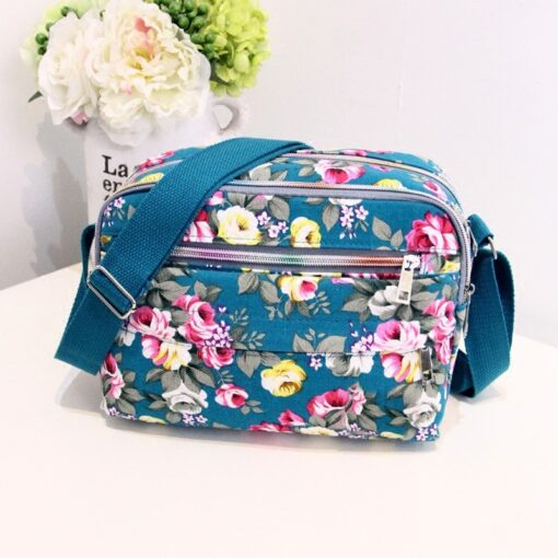 Mini Small Portable Baby Diaper Bags Nappy Organizer Easy Carry Mother Mommy Bag Baby Care Stroller 4