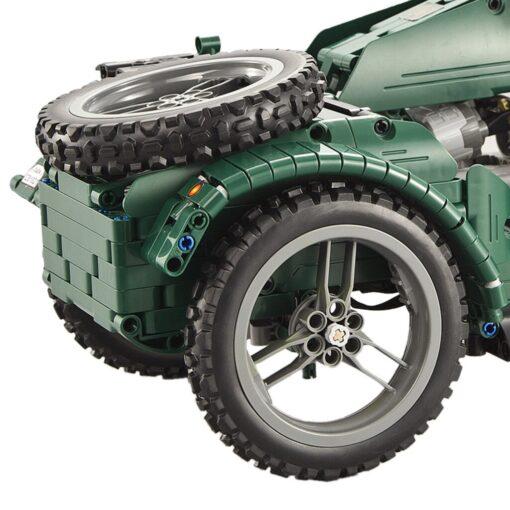 kids Electric motorcycle CaDA 629pcs Building Blocks Anti Slip Wheels Kit Remote Control Child Motorbike Toy 3